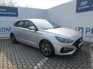 Hyundai i30 1,5 i HB COMFORT NEW MODEL hatchback benzin