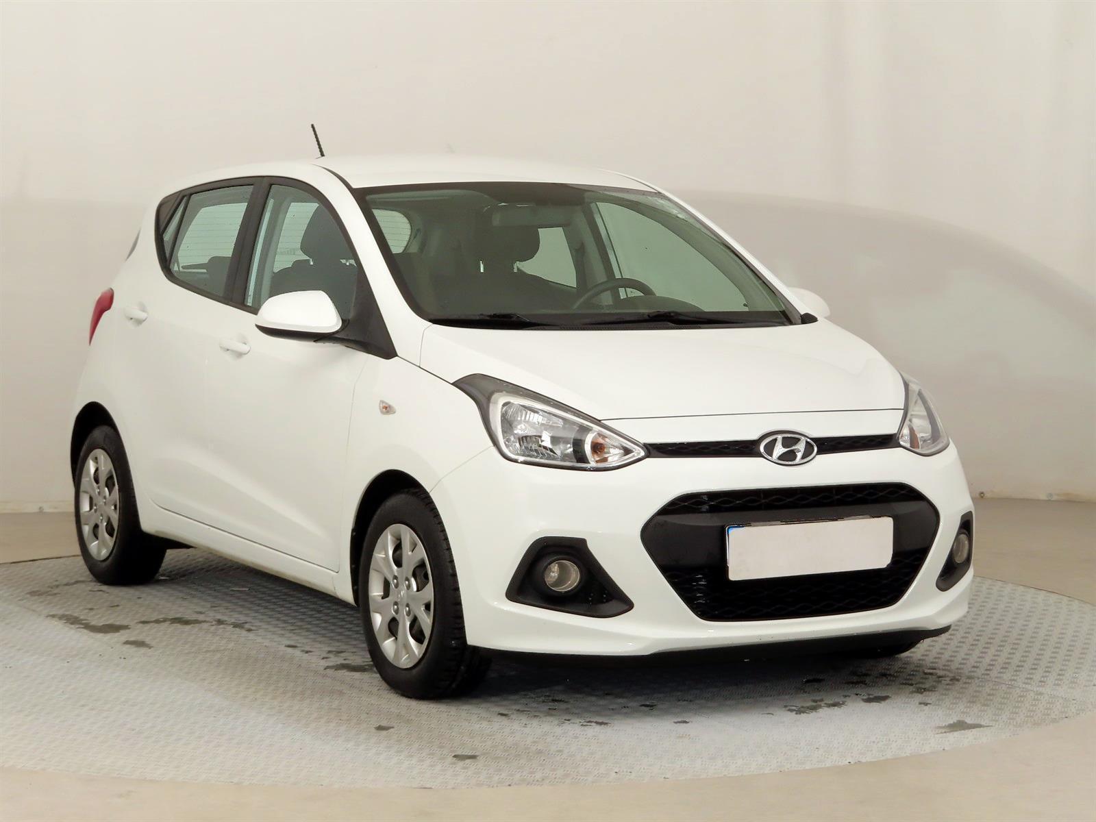 Hyundai i10 1.0 49kW hatchback benzin