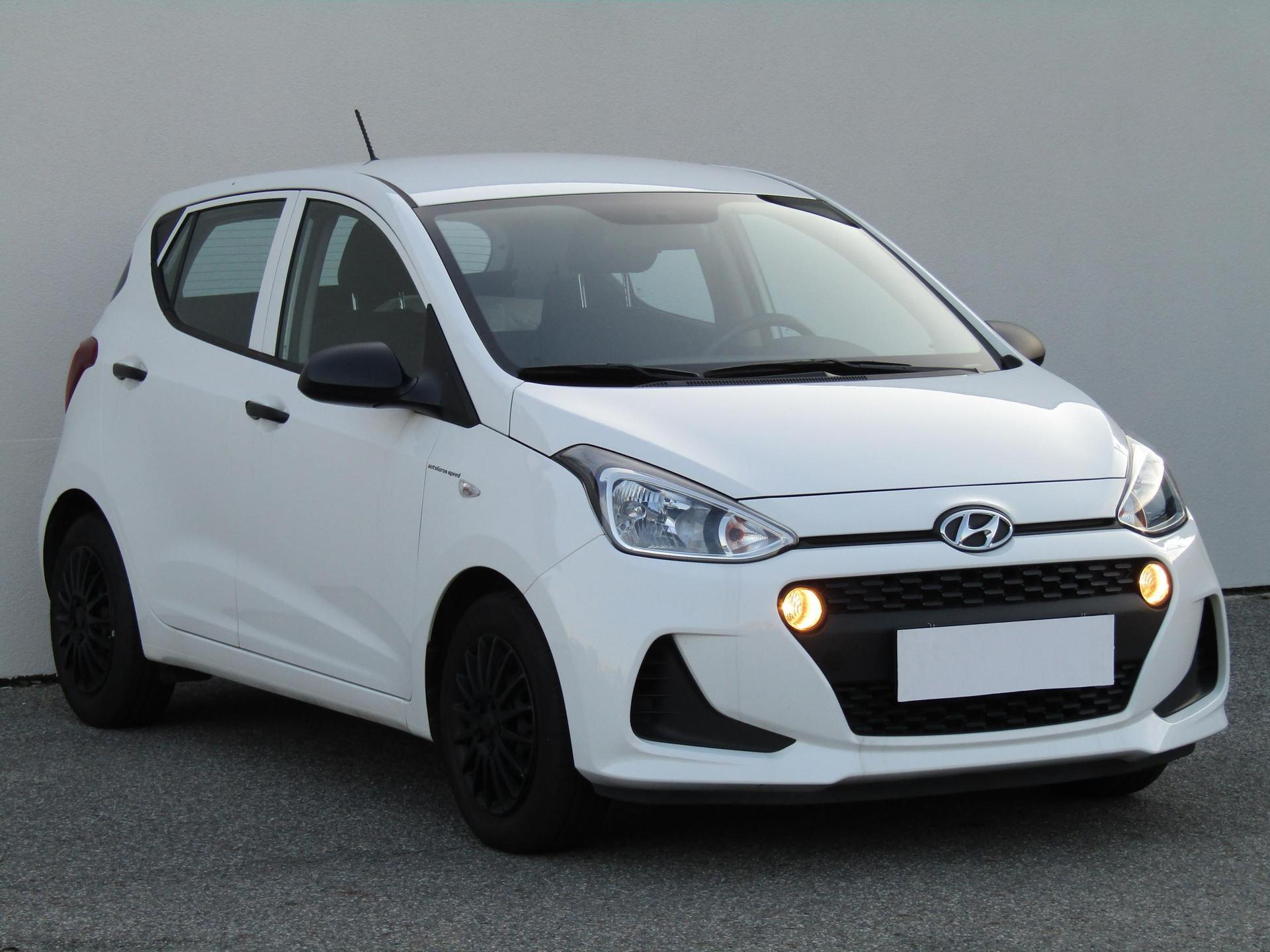 Hyundai i10 1.0i, ČR hatchback benzin