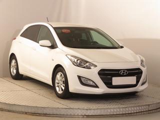 Hyundai i30 1.6 CRDi 81kW hatchback nafta