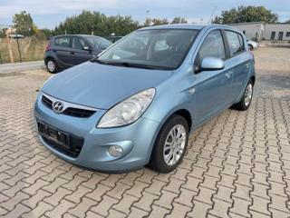Hyundai i20 1,2i 57kw r.v. 2009 hatchback benzin