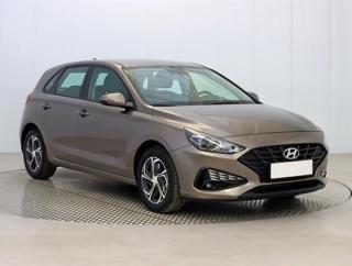 Hyundai i30 1.5 CVVT 81kW hatchback benzin