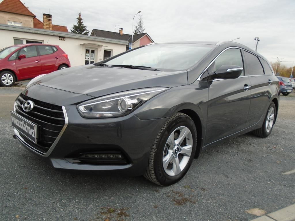 Hyundai i40 1.7CRDi 104kW Automat koup. v ČR kombi