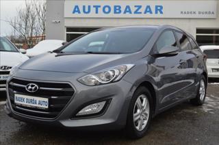 Hyundai i30 1,6 MPI  1.Maj, Čr  Weekend kombi benzin