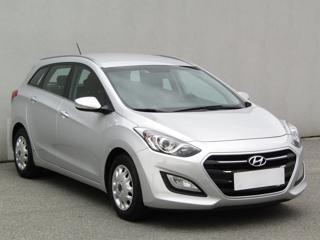 Hyundai i30 1.6CRDi, 1.maj, Serv.kniha kombi nafta