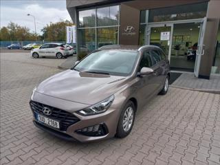Hyundai i30 1,5   CVVD, comfort, kombi benzin