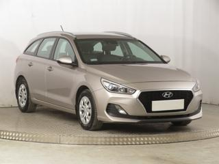 Hyundai i30 1.4 CVVT 73kW kombi benzin