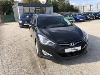 Hyundai i40 1.6i 99kw 1.Majitel Park.kam. kombi benzin