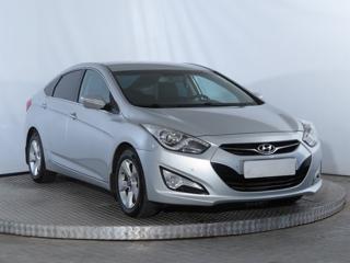 Hyundai i40 1.7 CRDi 100kW sedan nafta