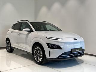 Hyundai Kona 64 kWh  EV Czech Edition SUV elektro