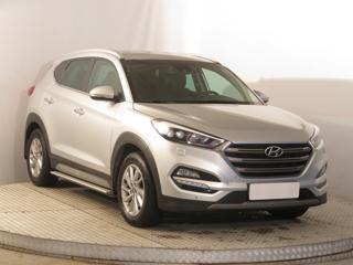 Hyundai Tucson 2.0 CRDi 100kW SUV nafta - 1