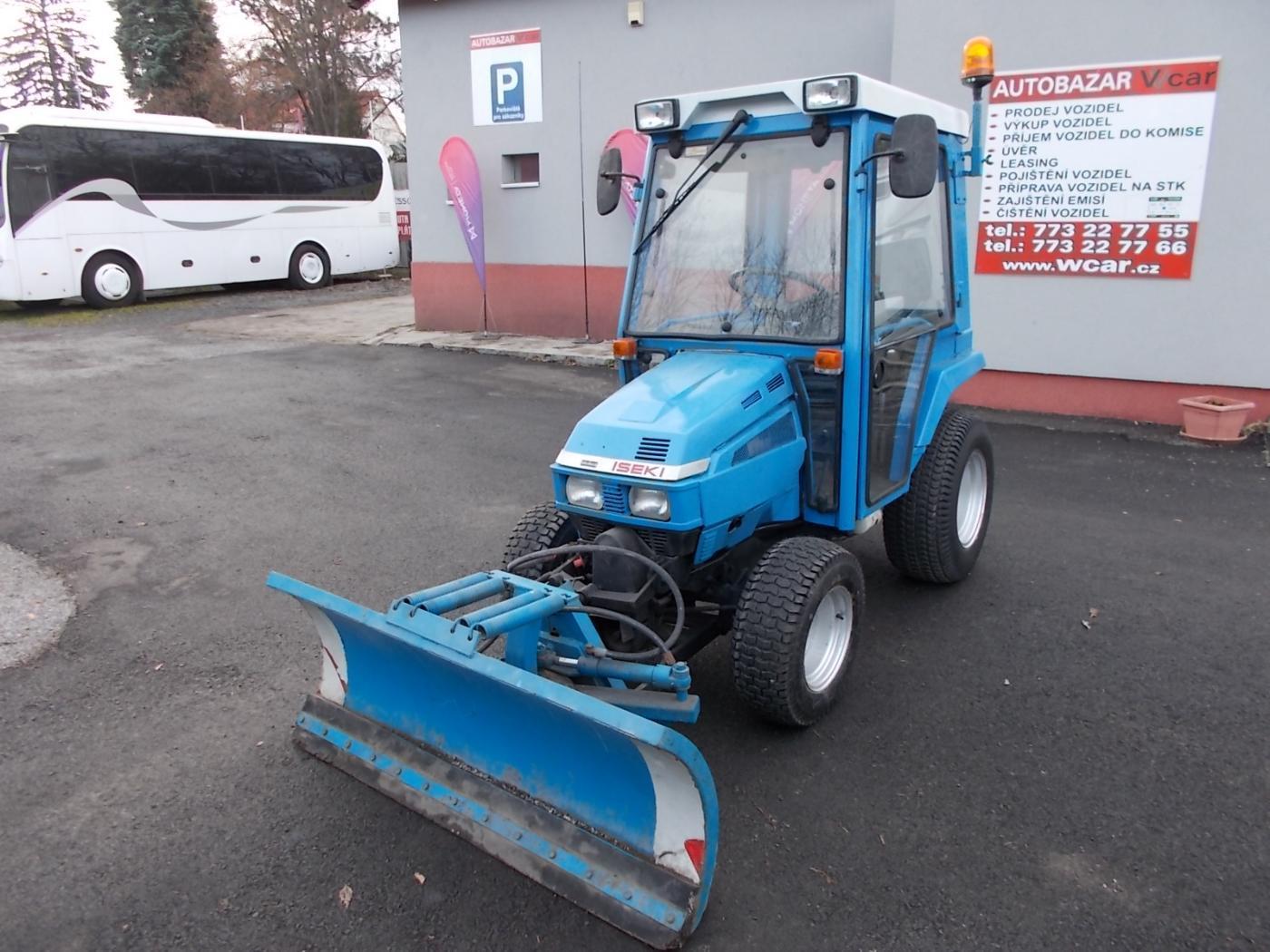 Ostatní 4x4-sněhová radlice traktor