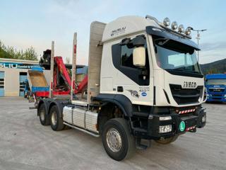 Iveco Trakker 450 6x6 Lesák pro přepravu dřeva