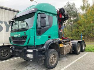 Iveco Trakker 450 6x6, lesák pro přepravu dřeva
