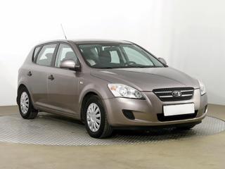 Kia Ceed 1.4 i 80kW hatchback benzin