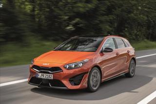 Kia Ceed 1,5 5HB T-GDi GPF TOP (2022) hatchback benzin