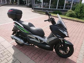 Kawasaki skútr