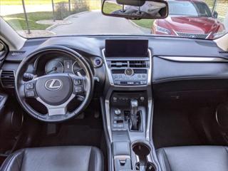 Lexus NX 300h 2,5 PRESTIEGE SAFETY SUV hybridní - benzin