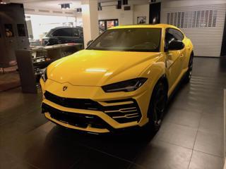 Lamborghini Urus 4,0 Nový vůz/360°/Carbon paket/Night Vision  SKLADEM SUV benzin