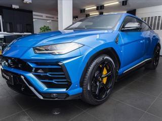 Lamborghini Urus 4,0 Akrapovič/Full Carbon/Full ADAS/3D B&O  IHNED SUV benzin