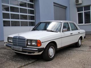 Mercedes-Benz 123 200D TOP STAV sedan