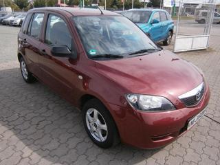 Mazda 2 1.2i 99400km,serviska hatchback