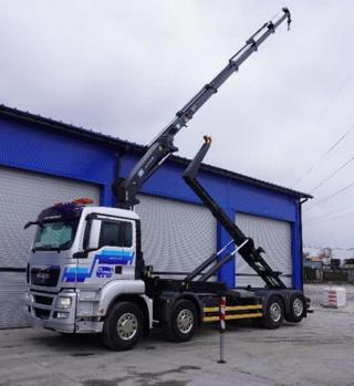 MAN TGS 35.400 8x2 JNK EEV pro přepravu kontejnerů