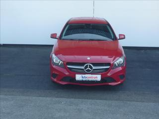 Mercedes-Benz CLA 1,6   180 SB kombi benzin