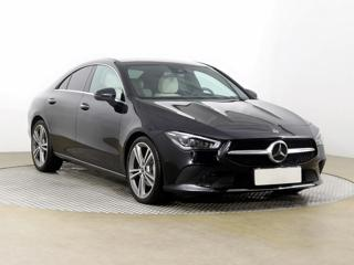 Mercedes-Benz CLA 200 120kW sedan benzin