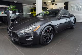 Maserati GranTurismo 4,7 S /4.7 V8 / BOSE / PDC / Navi kupé benzin