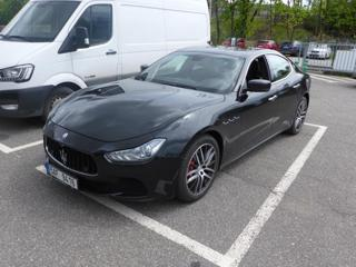 Maserati Ghibli 3.0i V6 SQ4 ČR limuzína