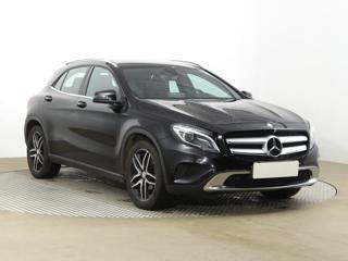 Mercedes-Benz GLA GLA 220d 4MATIC 130kW SUV nafta