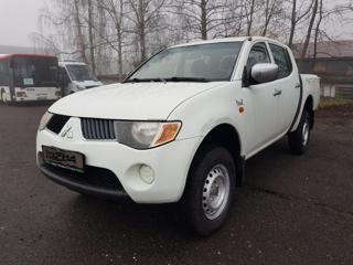 Mitsubishi L200 2.5 DI d pick up nafta