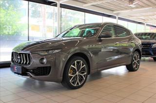 Maserati Levante Q4 Diesel Pano/ACC/360°/Maratea SUV nafta