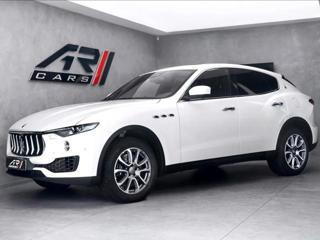 Maserati Levante S, panorama, CZ  OV SUV benzin