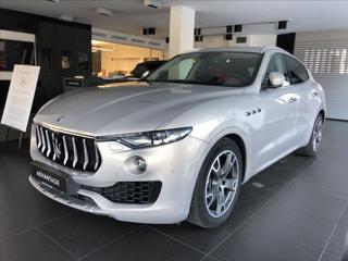 Maserati Levante 3,0 S/Bowers & Wilkins/Kamera/Ventil. sedadla/  IHNED SUV benzin