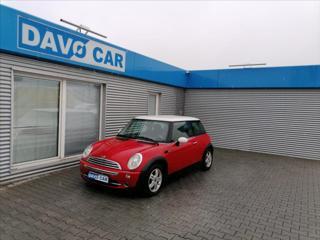 Mini One 1,6 i STK 10/22 Serv. kniha hatchback benzin
