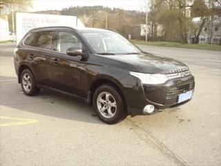 Mitsubishi Outlander 2,3 2.2 DI-D 4WD,ČR,REZERVACE kombi nafta