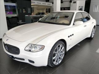 Maserati Quattroporte 4,2 V8 Duo Select  SKLADEM sedan benzin
