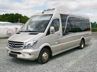 Mercedes-Benz 519 bus 21míst/1.maj dálkový
