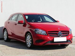 Mercedes-Benz Třídy A 1.6 Elegance hatchback benzin