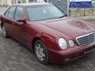 Mercedes-Benz Třídy E E 220 Cdi hatchback