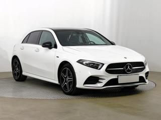 Mercedes-Benz Třídy A A 250e 160kW hatchback benzin