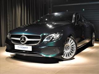 Mercedes-Benz Třídy E 3,0 kupé benzin