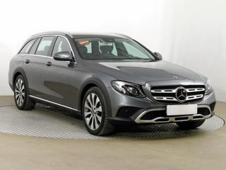 Mercedes-Benz Třídy E E 220 d 4MATIC 143kW kombi nafta