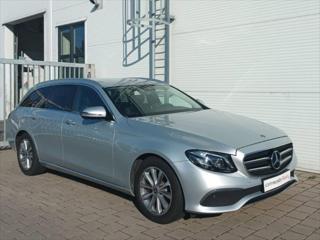 Mercedes-Benz Třídy E 2,0 220d 4MATIC 9AT 194k 4x4 Euro 6 Linie AVANTGARDE kombi nafta
