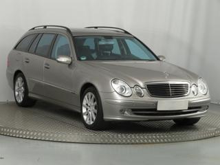 Mercedes-Benz Třídy E E 500 4MATIC 225kW kombi benzin