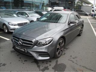 Mercedes-Benz Třídy E 1.9 d sedan nafta