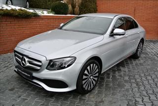 Mercedes-Benz Třídy E 220d AVANTGARDE,HEAD-UP,KAMERA,LED sedan nafta