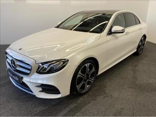 Mercedes-Benz Třídy E E 200  200 2,0 sedan benzin